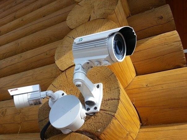 Установка видеокамеры на даче