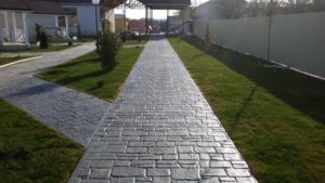 Покрытие приусадебных территорий из бетона